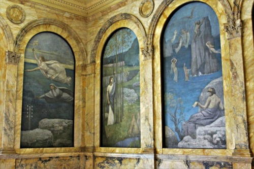 Murals on Grand Staircase2